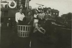 Ahu-laivan kannella