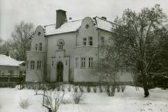 Joensuu, Kauppakatu 34, ylimetsänhoitajan asunto, rak. v. 1914/1950.