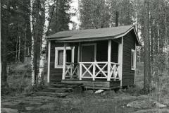 Vuonna 1940 rakennettu sauna. Louhiranta, Pitkälahti. Outokumpu Oy.