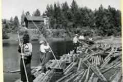 Uittomiehet työssä, v. 1951, Enso-Gutzeit Oy